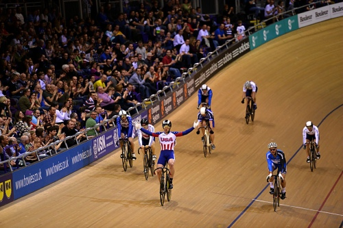 Victory lap after the keirin.Photo by Gringo Rojo.